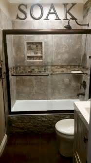 Ideas For Bathroom Remodeling A Small Bathroom by Cool Small Master Bathroom Remodel Ideas 15 Homeastern