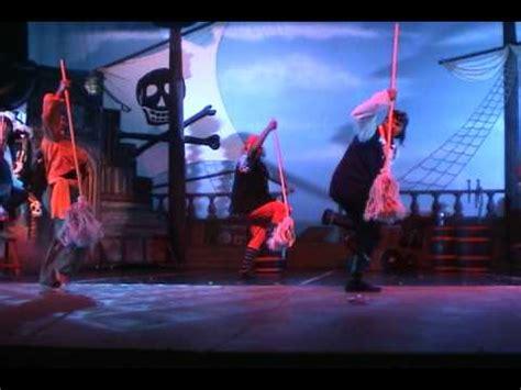 barco pirata acapulco quot canto de piratas quot peter pan el musical acapulco 2009