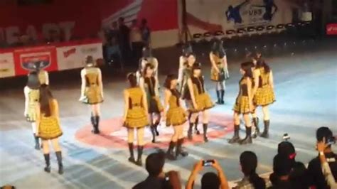 Gantungan Kunci Gingham Check Jkt48 fancam jkt48 team kiii gingham check