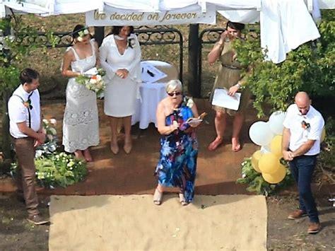 Tshirt Billionare Bdc miranda kerr s right at the of son s wedding
