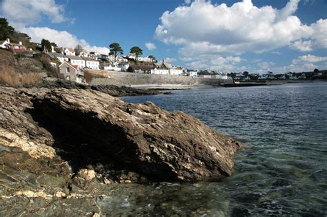 st mawes from the waterside cornwall guide photos