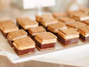 desserts for 14 wedding dessert ideas that aren t cake crazyforus