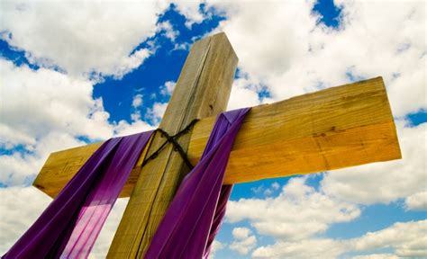 cross with purple drape the death of jesus allworship com