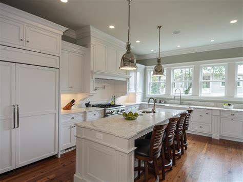 traditional kitchen renovation bryan reiss hgtv