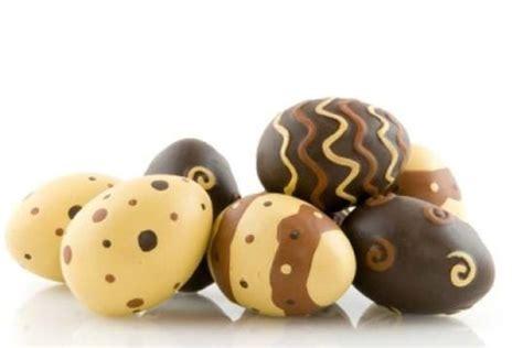 decorar huevos de pascua paso a paso huevos de pascua de chocolate receta tradicional paso a