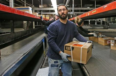 Boxed in: Online shopping increase puts holiday crunch on ... Ups Jobs Employment