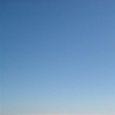 blue wallpaper ipad sky blue ipad wallpapers free ipad retina hd wallpapers