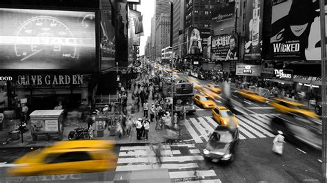 new york city street photography hd 4k wallpaper cityscapes new york city taxi selective coloring wallpaper