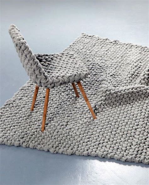 knitted rug best 25 knit rug ideas on knitted rug rag rug diy and loom