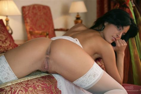 Jana Miartusova Shows Her Pussy In White Stockings