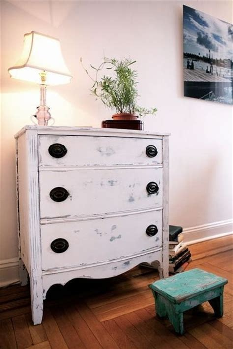 nice Beach Home Decor Ideas #1: adorable-white-washed-furniture-pieces-for-shabby-chic-decor-20.jpg