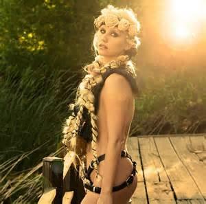 hot woman album ke ha promotes her new album warrior with provocative