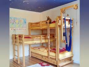 Three Person Bunk Bed 5 Out Of The Box Ideas For 3 Bed Bunk Bed Home And Cabinet Reviews