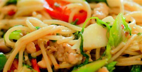 cocinar spaghetti c 243 mo cocinar spaghetti chinos con esta sencilla receta