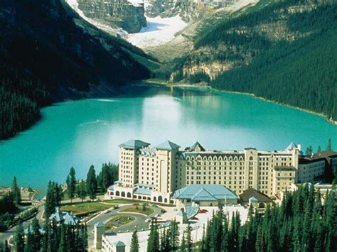 Best Price on The Fairmont Chateau Lake Louise Hotel in Lake Louise (AB) Reviews!