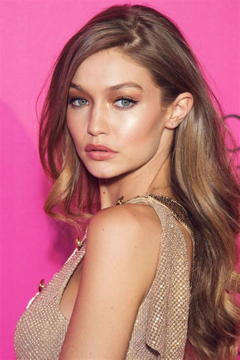 gigi hadid best beauty trends dewy skin wavy hair