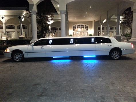 Luxury Limousine by Hire 24 7 Dca Airport Limousine Rental Services Here