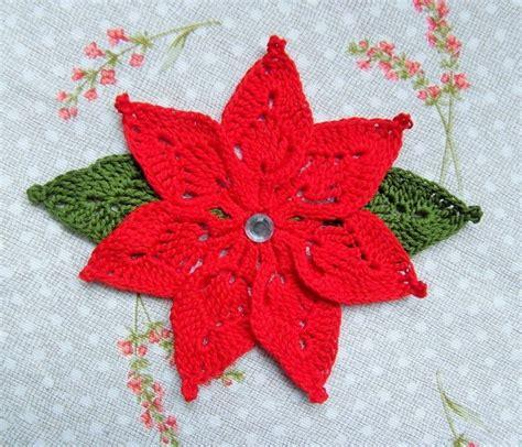 fiori natalizi all uncinetto stelle di natale all uncinetto feste natale di