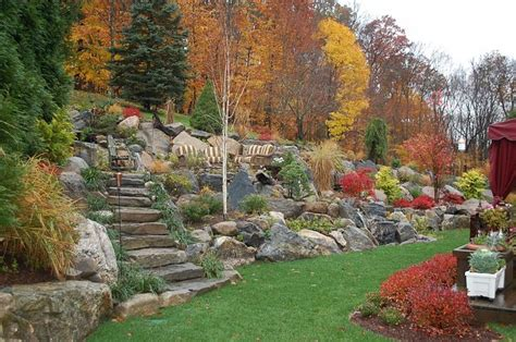 Landscaping A Hilly Backyard by 1000 Ideas About Backyard Hill Landscaping On