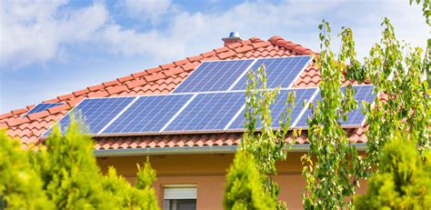 solar panels help home values in energy rich 2016