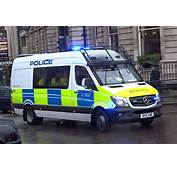 3 London Metropolitan Police Vans Responding  YouTube