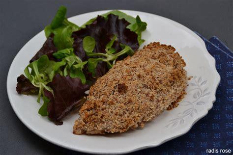cuisiner des filets de poulet filet de poulet en cro 251 te d amandes radis