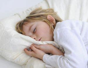 pourquoi un enfant fait pipi au lit quelles solutions lorsqu un enfant fait pipi au lit