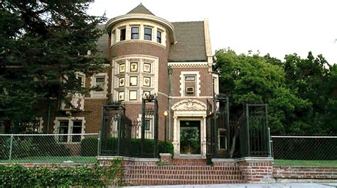 american horror story murders house 2012 tv locations the office go on the neighbors american horror story new girl