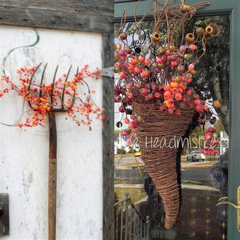 7 Gorgeous Thanksgiving Decor Items by Outdoor Fall Decorations Eye And Inspiration For