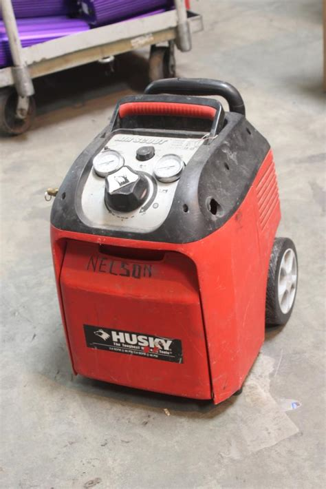 husky 1 5 gallon air scout portable air compressor model 41214 property room