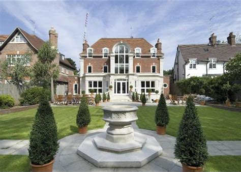 6 bedroom house in london 6 bedroom house to rent in the bishops avenue hstead