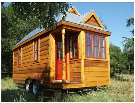 the 130 square foot quot fencl quot tiny house being pulled by a serialenthusiast tumbleweed tiny homes the fencl