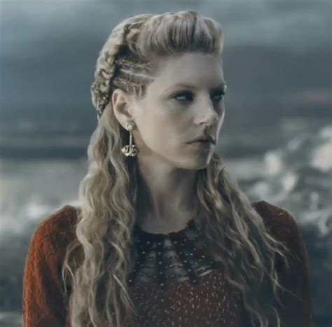 lagatha lothbrok hairstyle lagertha season 2 trailer quot vikings quot pinterest 2
