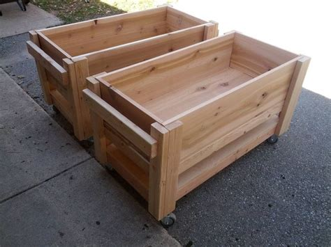 Vegetables In Planter Boxes by 25 Best Ideas About Elevated Planter Box On