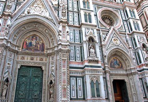 santa fiore facciata dettagli artistici della facciata dei di santa