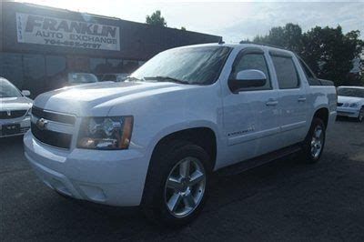Seelye Wright Kia Of Battle Creek by Purchase Used 2004 Duramax Powered Chevy Avalanche 2500 In