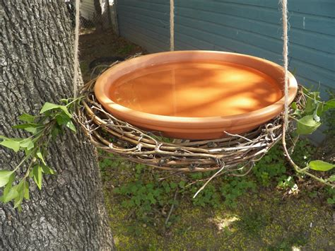 top 10 diy bird baths to inspire you 3glol