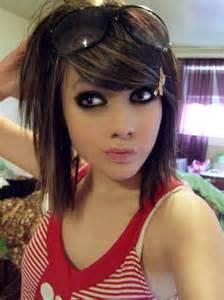 medium length hairstyles with lowlights medium length brown hair with caramel and red lowlights