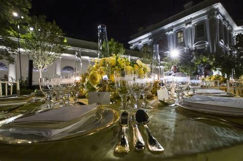 melania trump posts gorgeous    state dinner