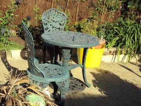file garden chairs and table birkenhead dsc09774 jpg