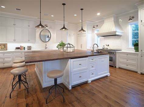 kitchen island with wood top 20 gorgeous ways to add reclaimed wood to your kitchen