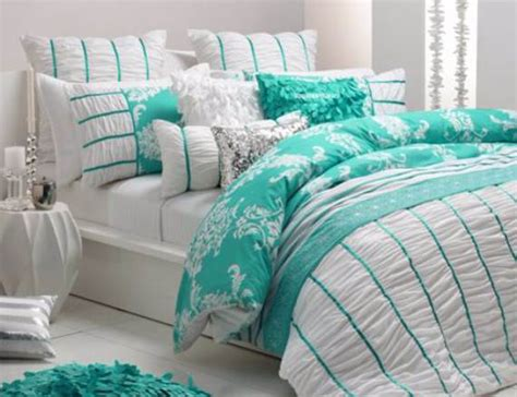 Pretty Bed Sets 25 Pretty S Day Bedding Sets Ideas In Colors Family Net Guide