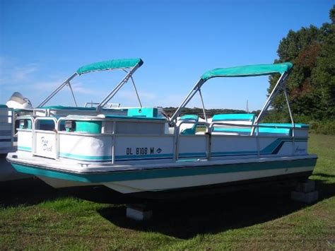 used deck boats for sale in delaware 1990 hurricane fd 196 deck boat selbyville delaware