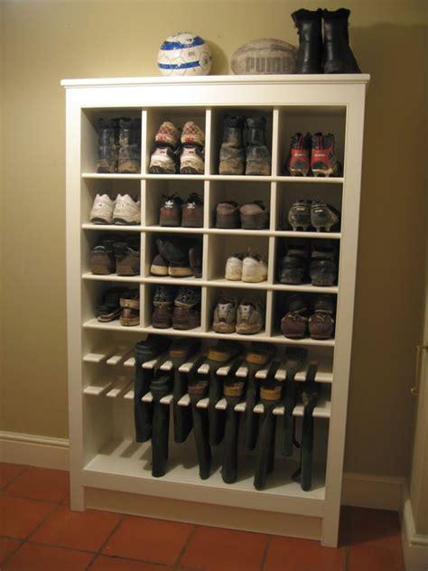 Building A Shoe Closet by Building Shoe Racks Woodworking Projects Plans
