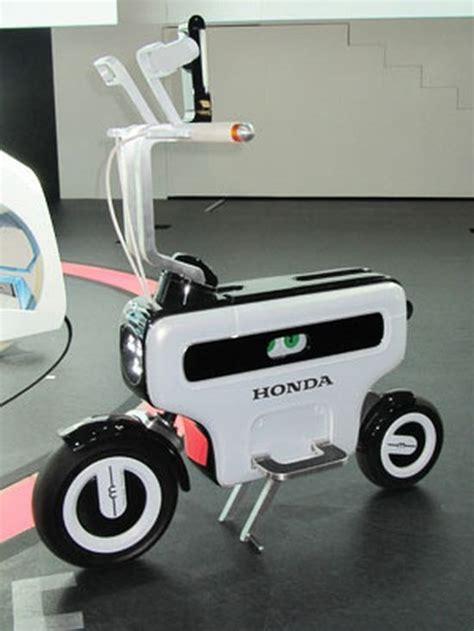Battery Powered Beauty: Honda Motor Compo Foldable