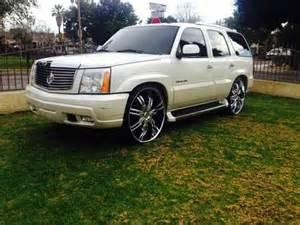Cadillac Escalade On 28 Inch Rims 28s Mitula Cars