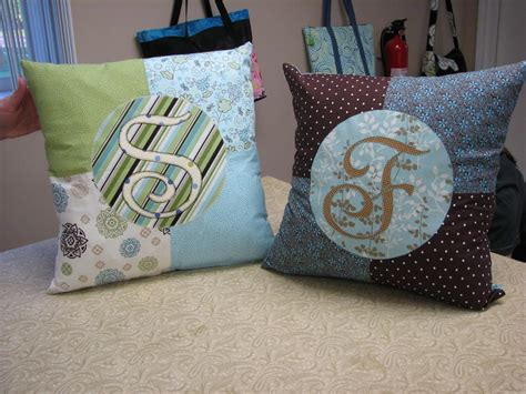 Sewing Patterns For Pillows by Free Sewing Pattern Pimp Pillow