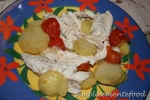 spigola al forno su letto di patate semplicemente food spigola al forno su letto di patate e