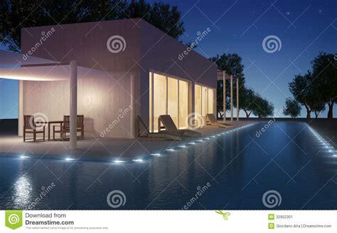 casa di cura stagno villa moderna con lo stagno di acqua immagine stock