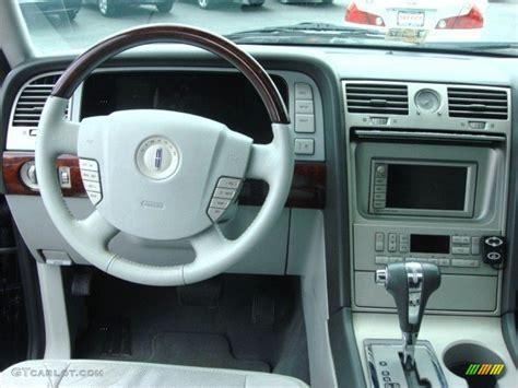 2006 Lincoln Navigator Interior by 2006 Lincoln Navigator Luxury Dove Grey Dashboard Photo